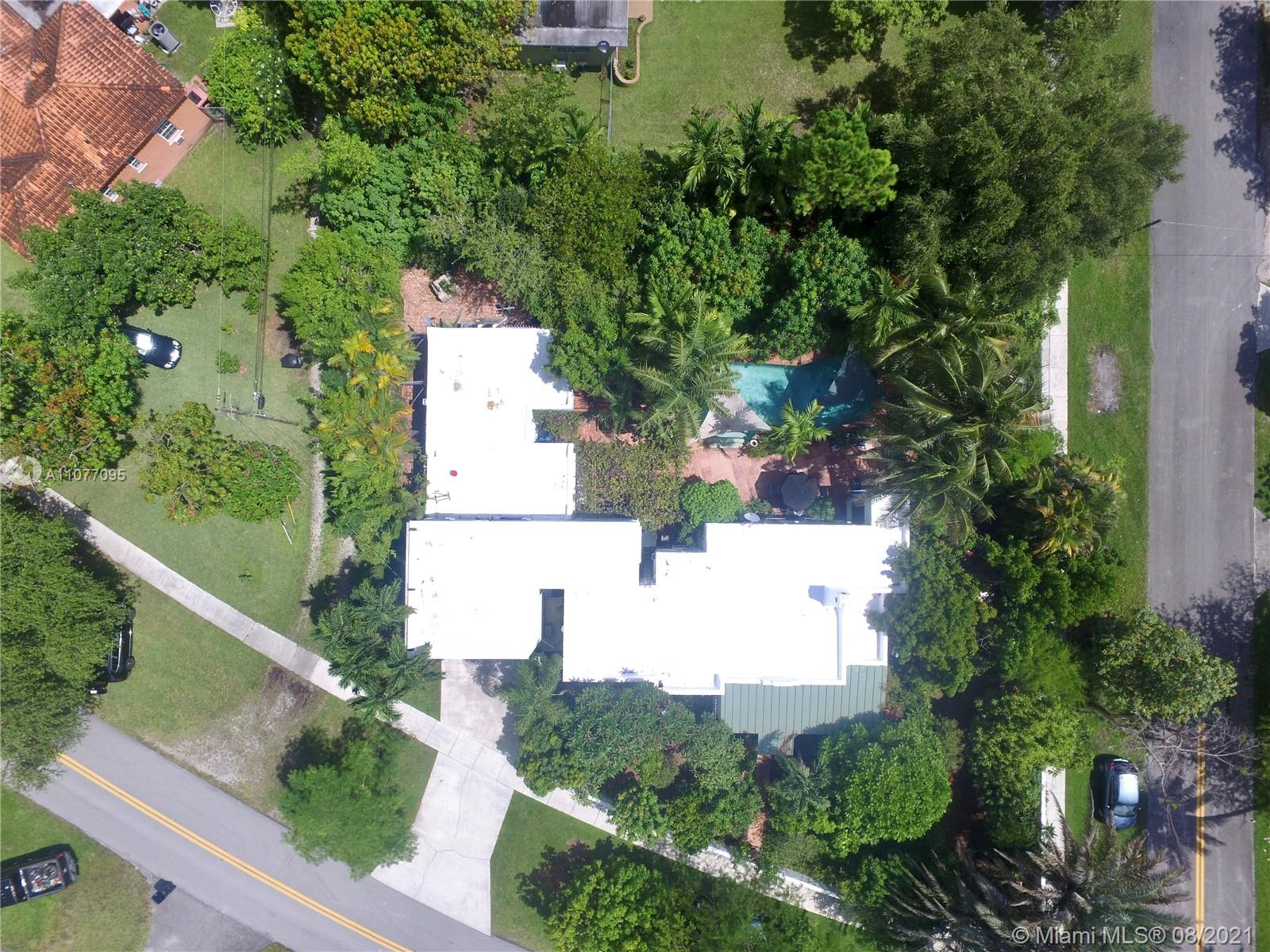 Photo of 299 Pinecrest Dr, Home