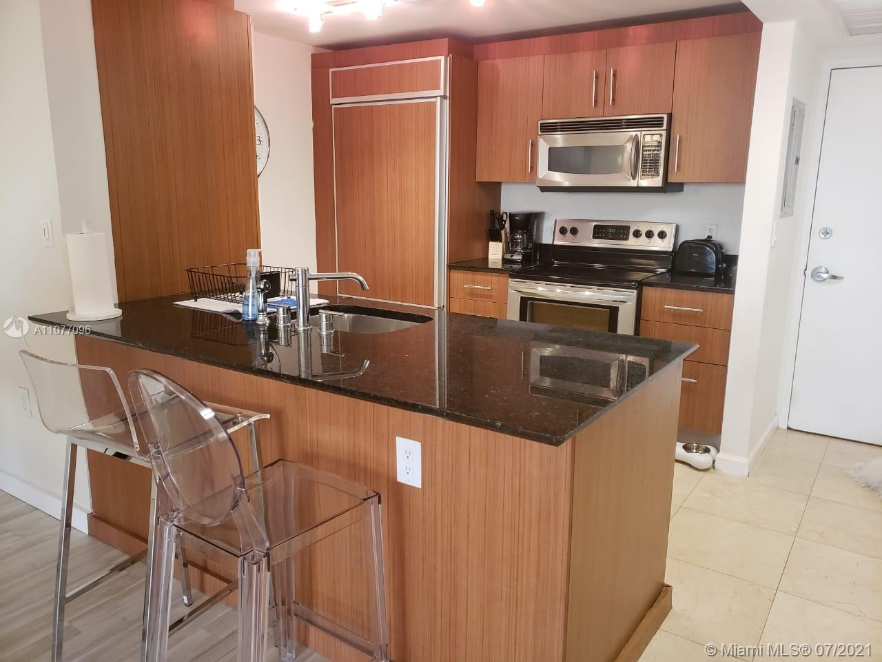 Photo of Harbour House Apt 426