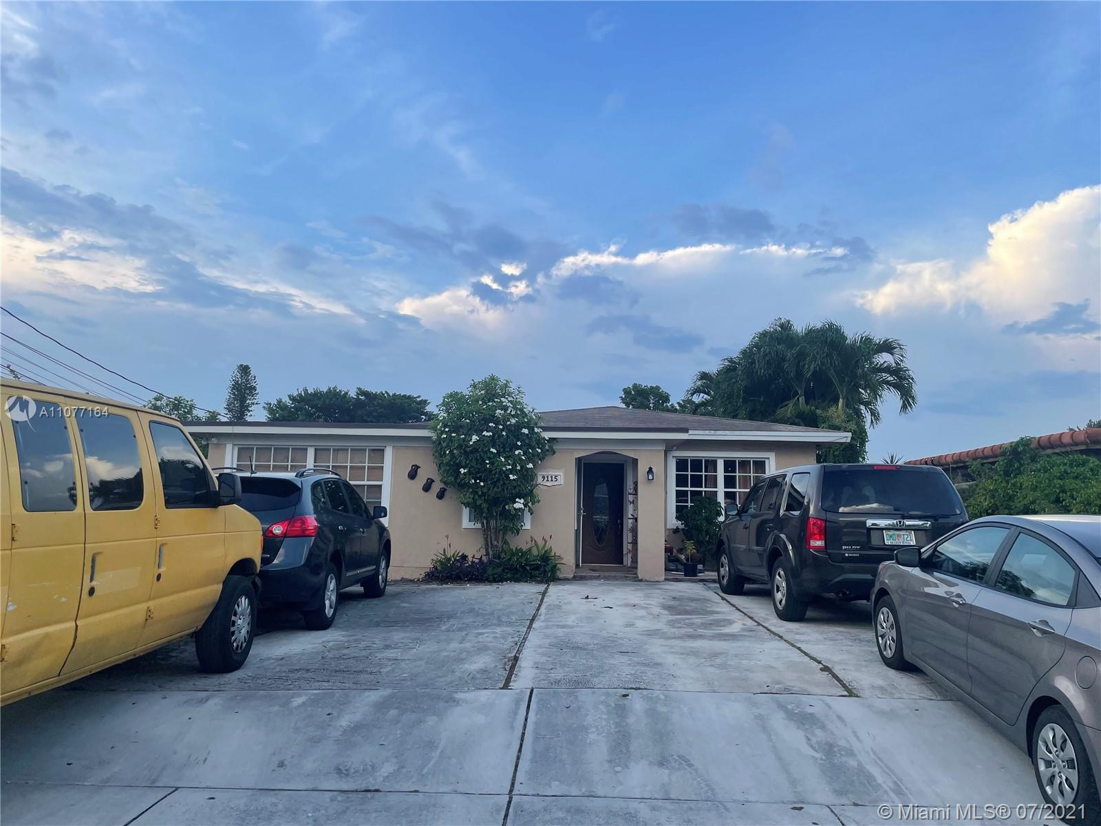 Photo of 9115 SW 27th St, Home