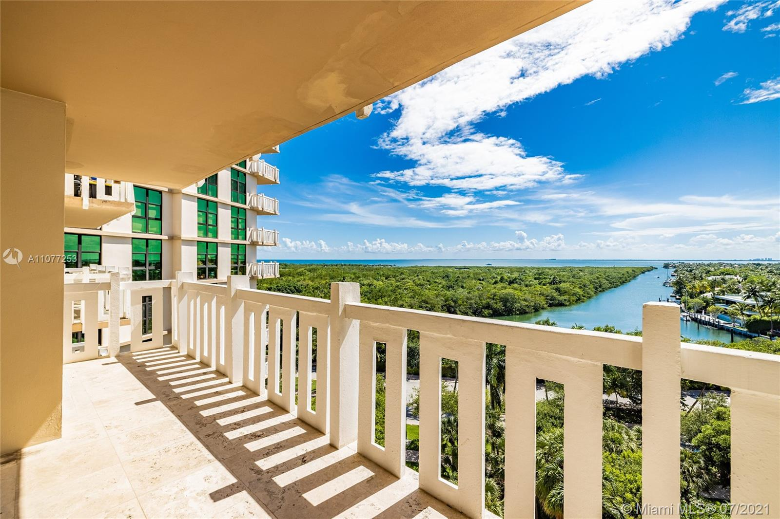 Photo of Towers Of Key Biscaynce Apt D804