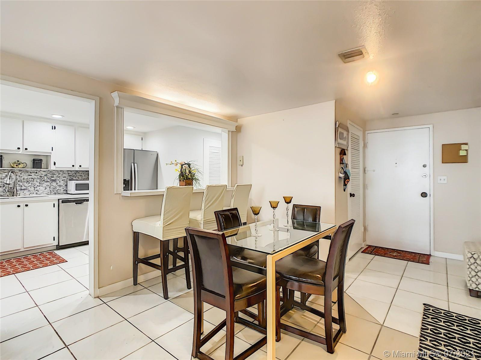 5825 Collins Ave #2F photo017