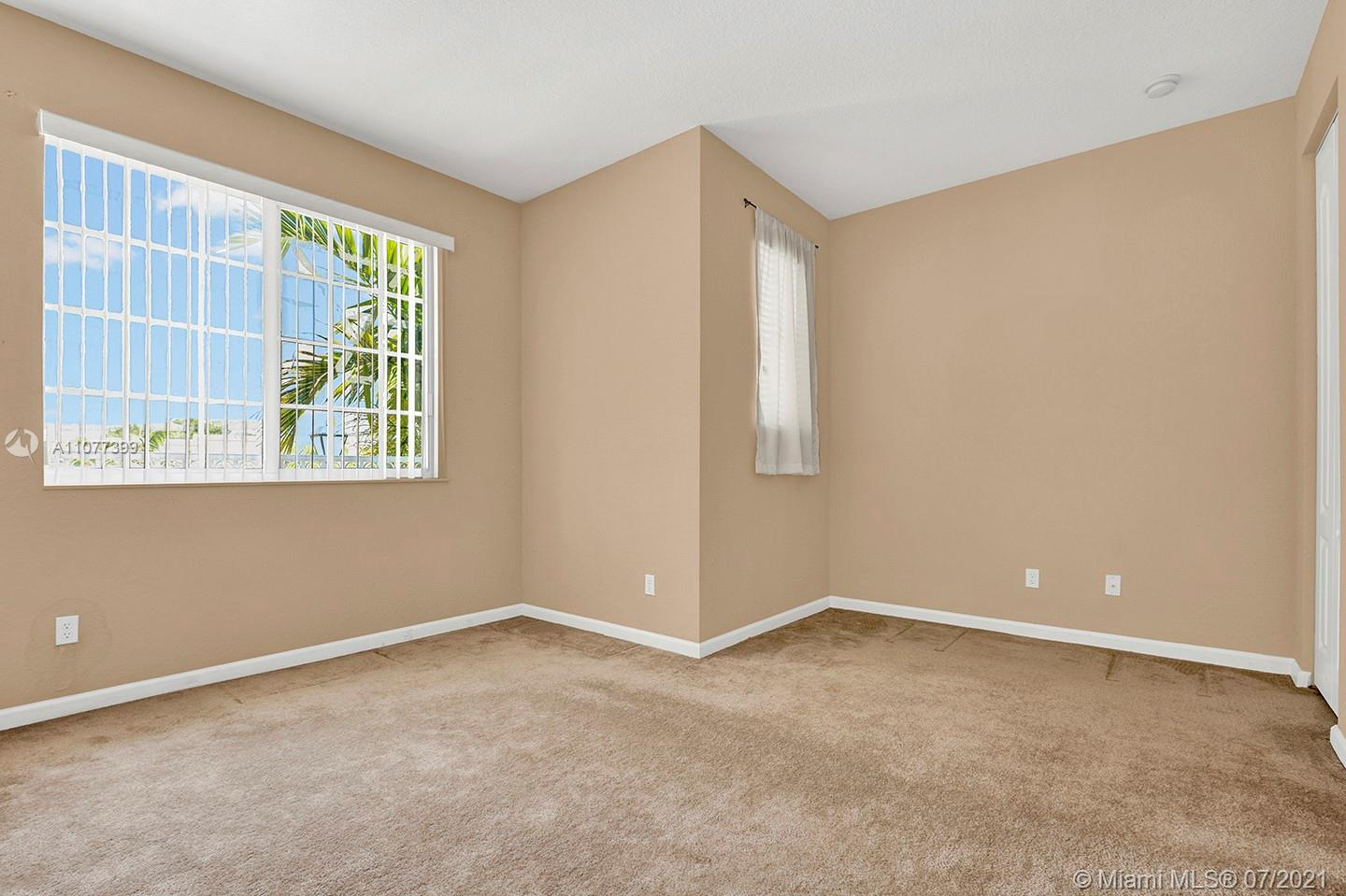 2616 SW 81st Ave #1007 photo026