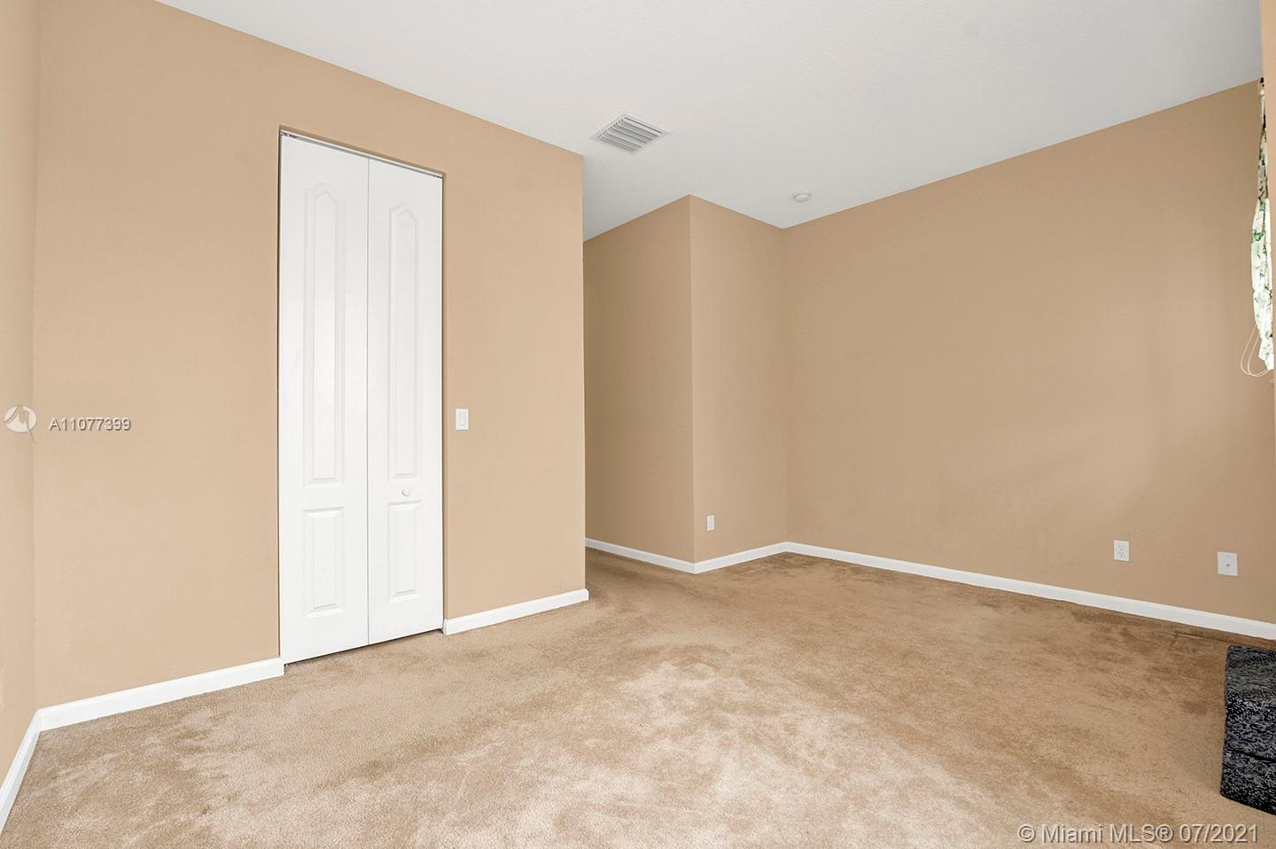 2616 SW 81st Ave #1007 photo022