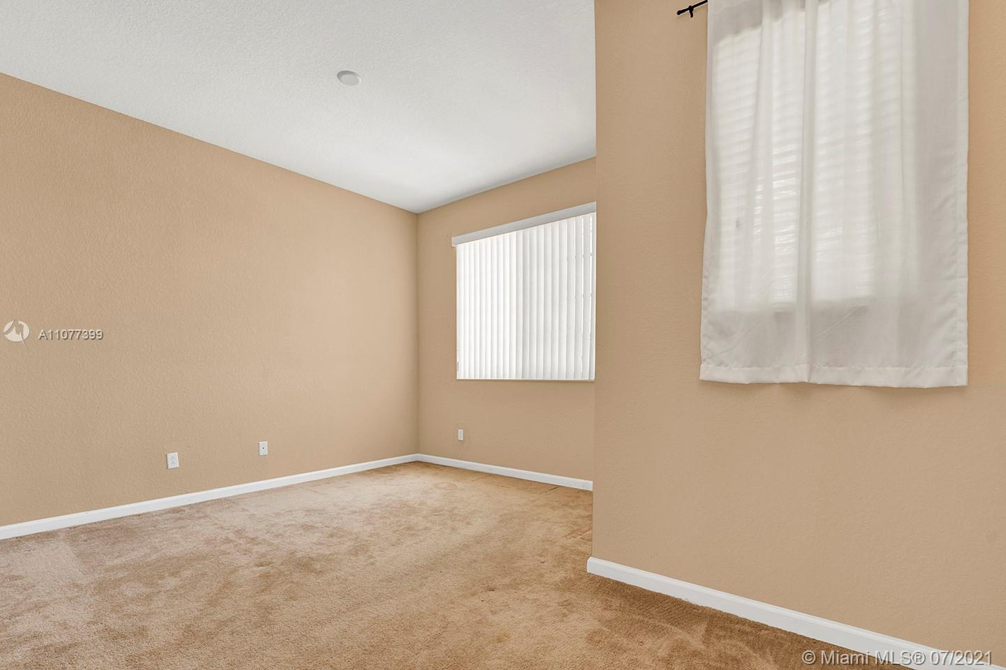 2616 SW 81st Ave #1007 photo028