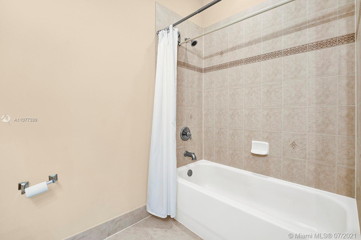 2616 SW 81st Ave #1007 photo024