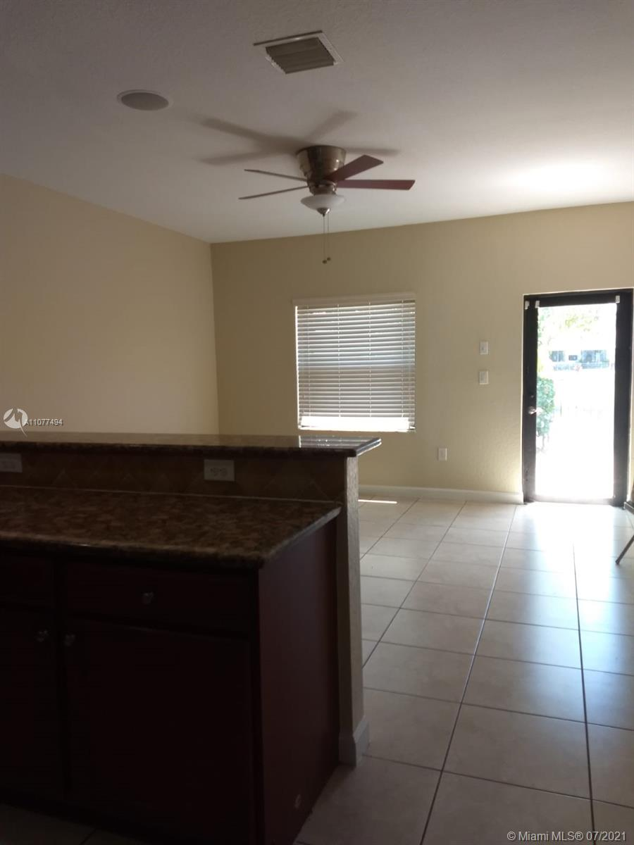 Photo of 6503 SW 162nd Ave, Home