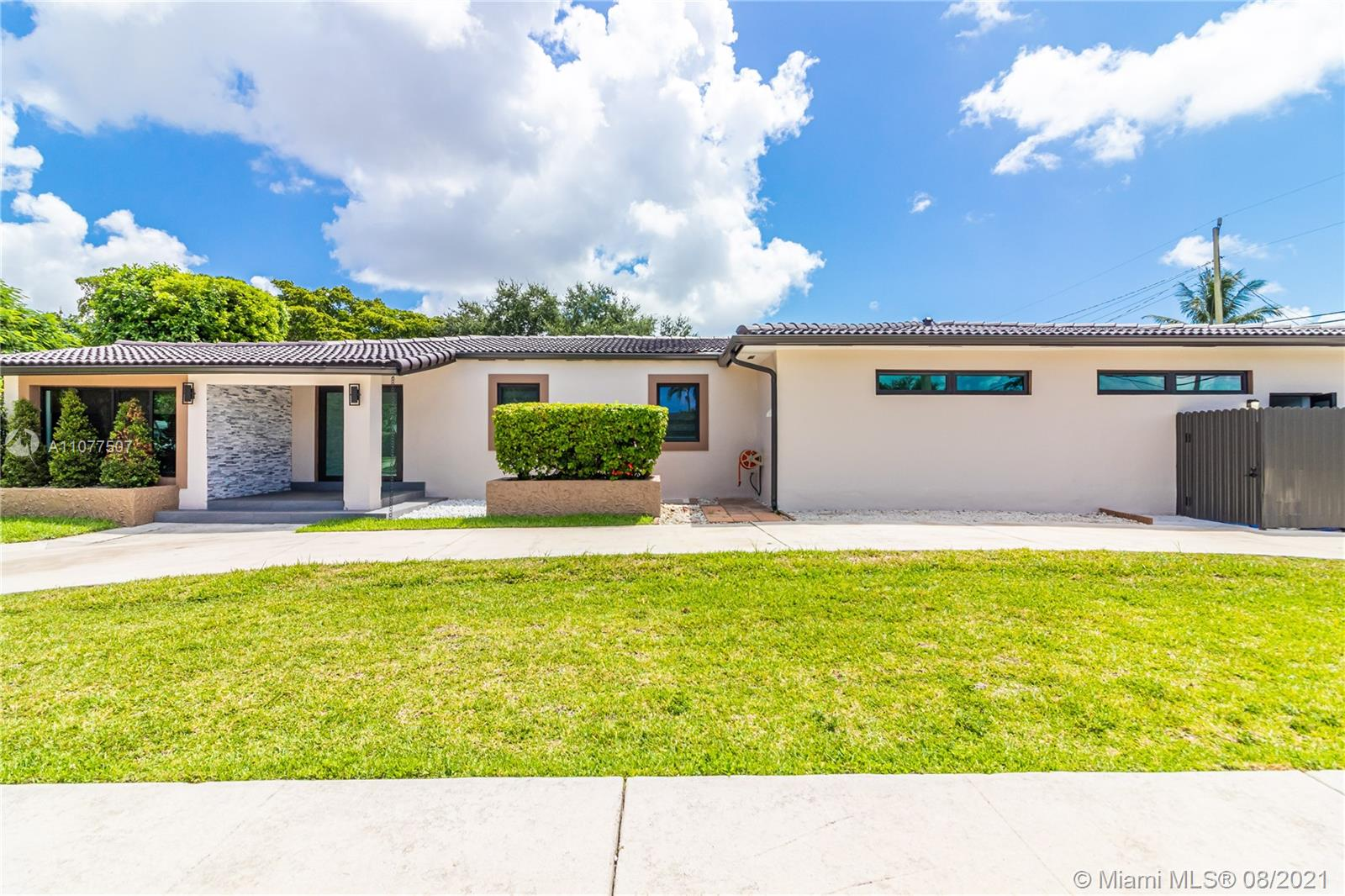 Photo of 6386 SW 15th St, Home