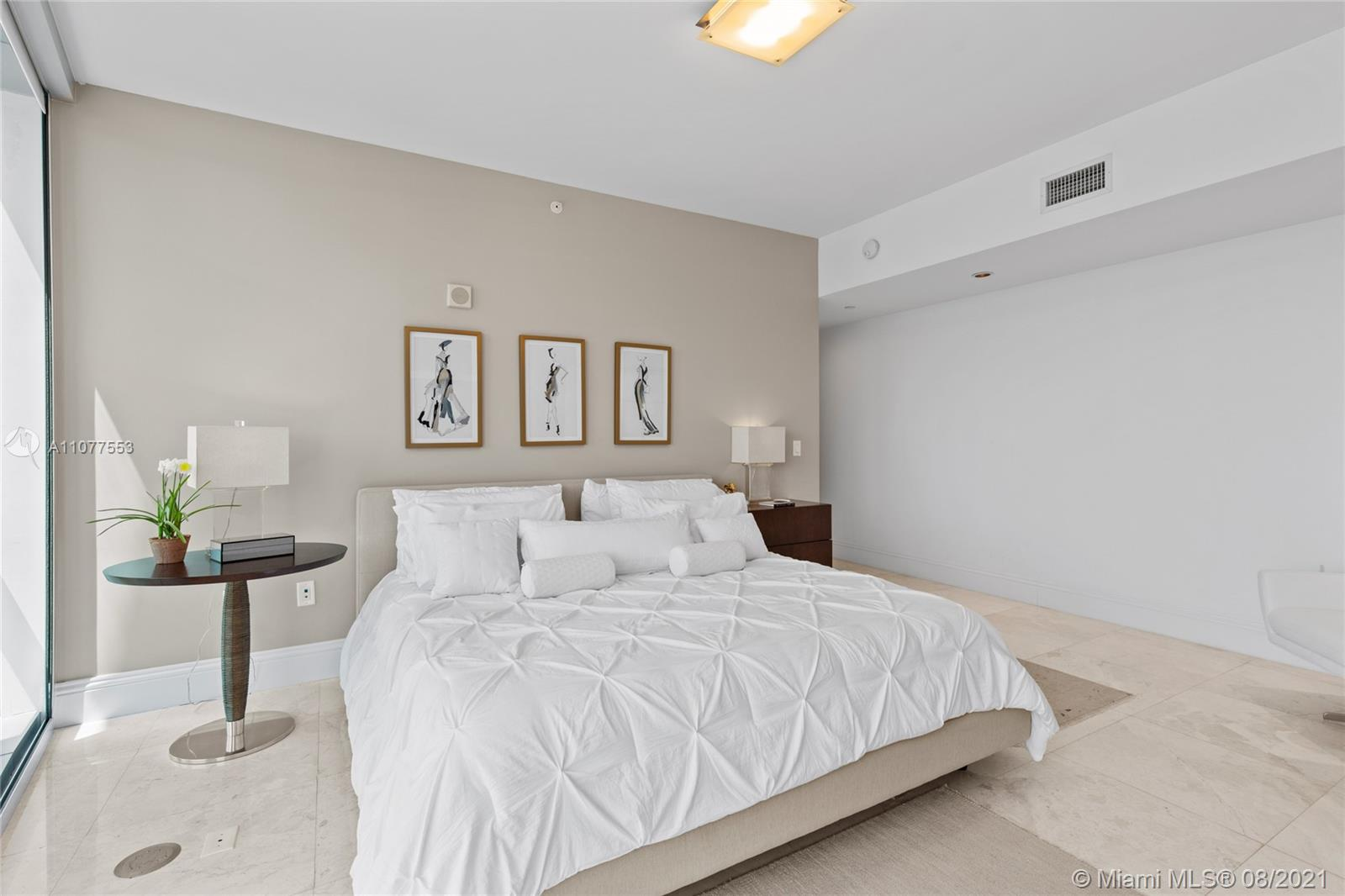 17121 Collins Ave #1408 photo047