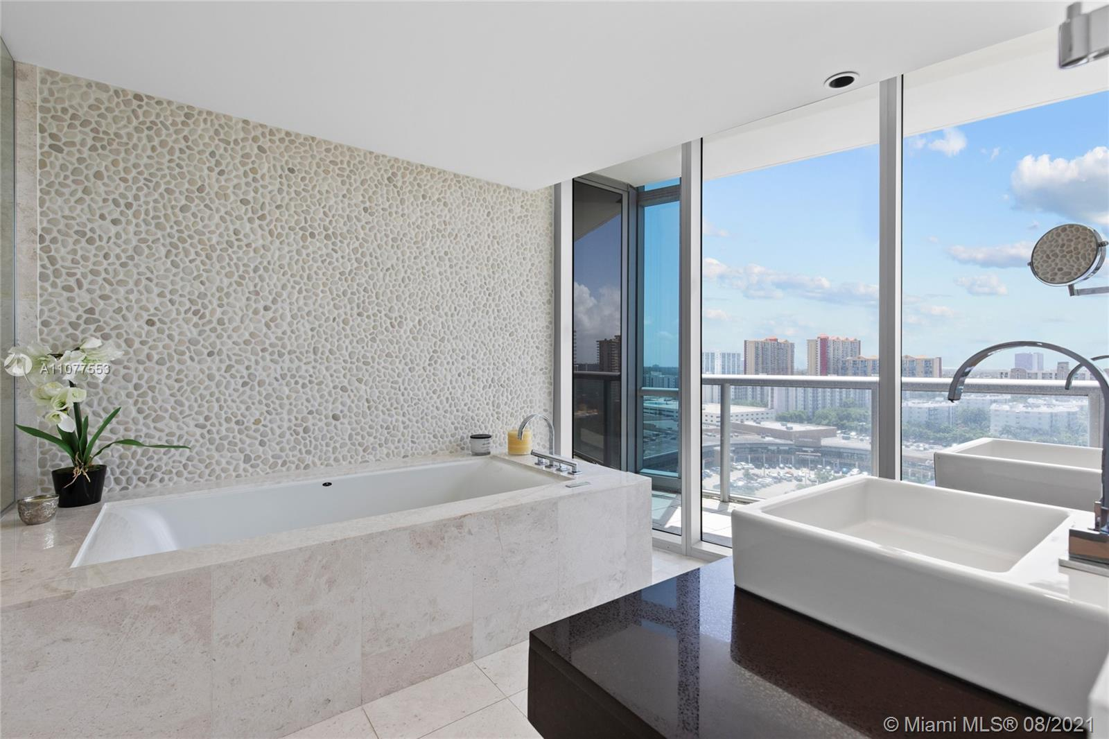 17121 Collins Ave #1408 photo049