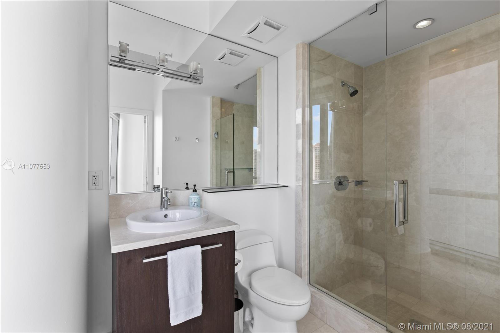 17121 Collins Ave #1408 photo055