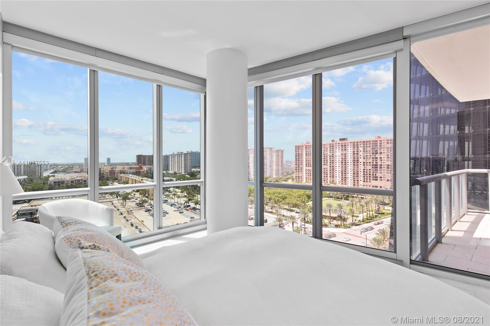 17121 Collins Ave #1408 photo044