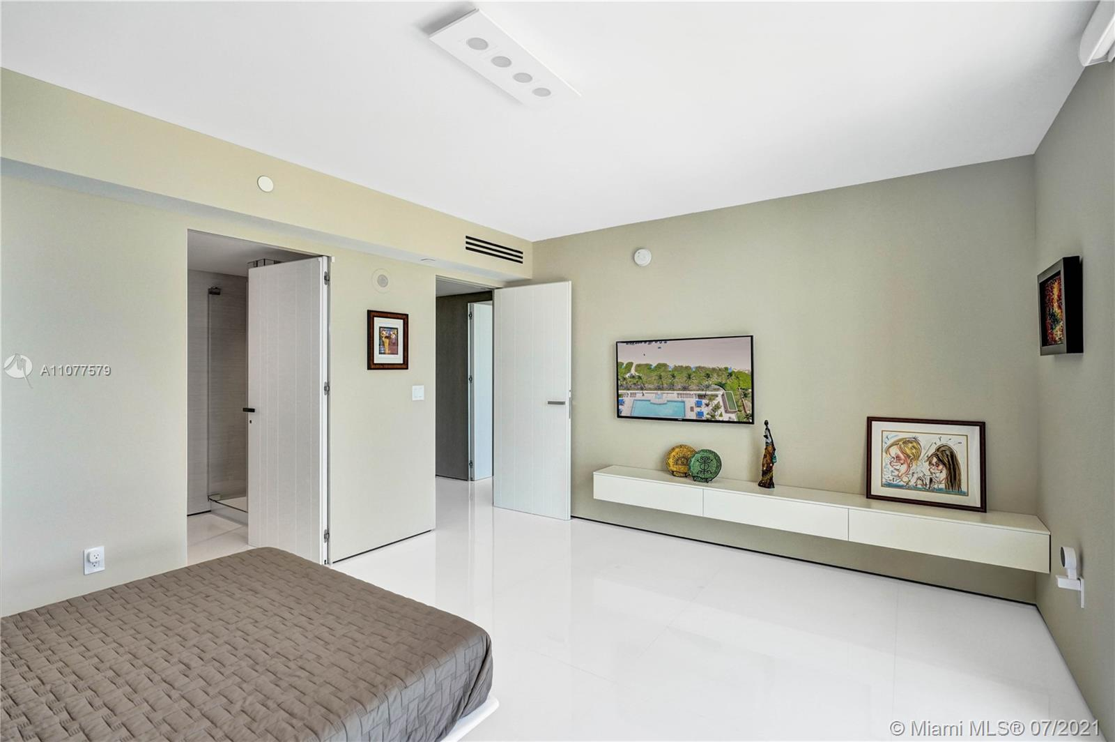 18911 Collins Ave #2301 photo020
