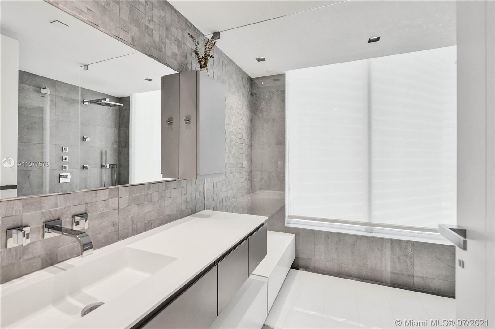 18911 Collins Ave #2301 photo034