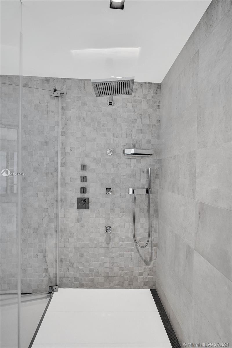 18911 Collins Ave #2301 photo041