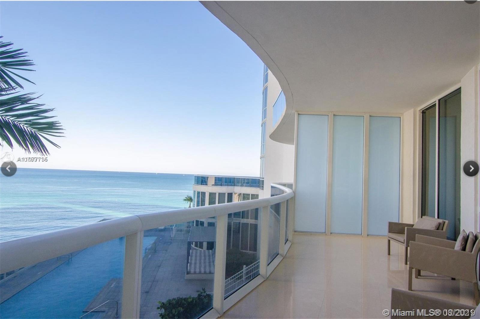 15901 Collins Ave #603 photo02