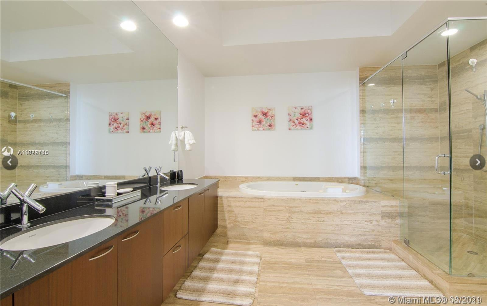 15901 Collins Ave #603 photo013