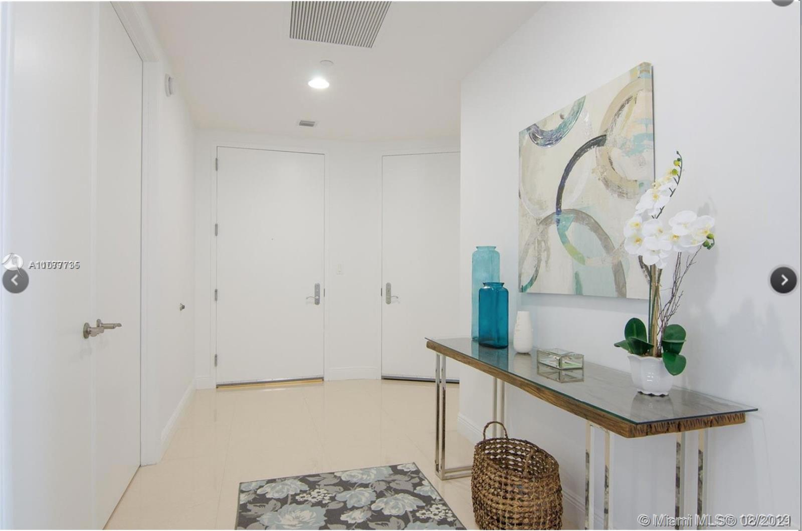 15901 Collins Ave #603 photo03