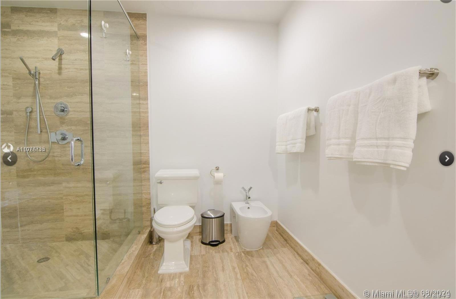 15901 Collins Ave #603 photo015