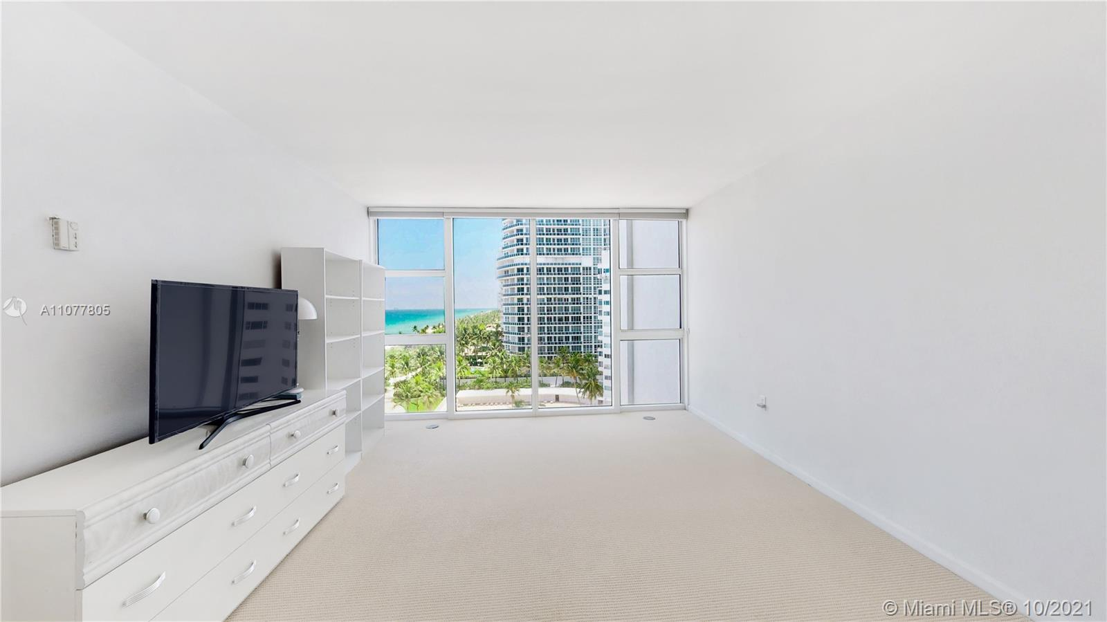 10275 Collins Ave #810 photo010