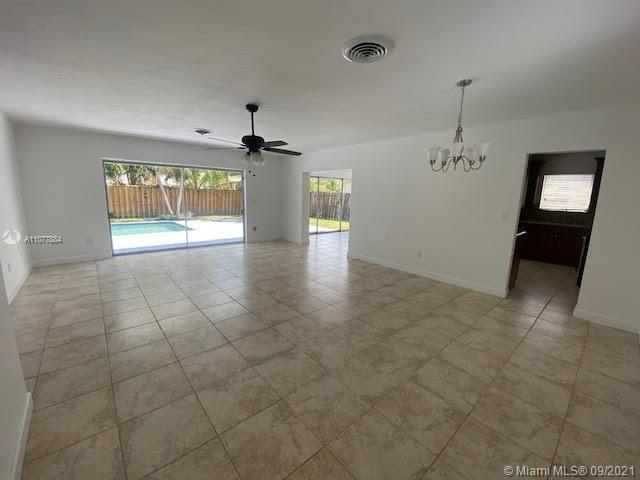 Photo of 9310 SW 57th Ter, Home