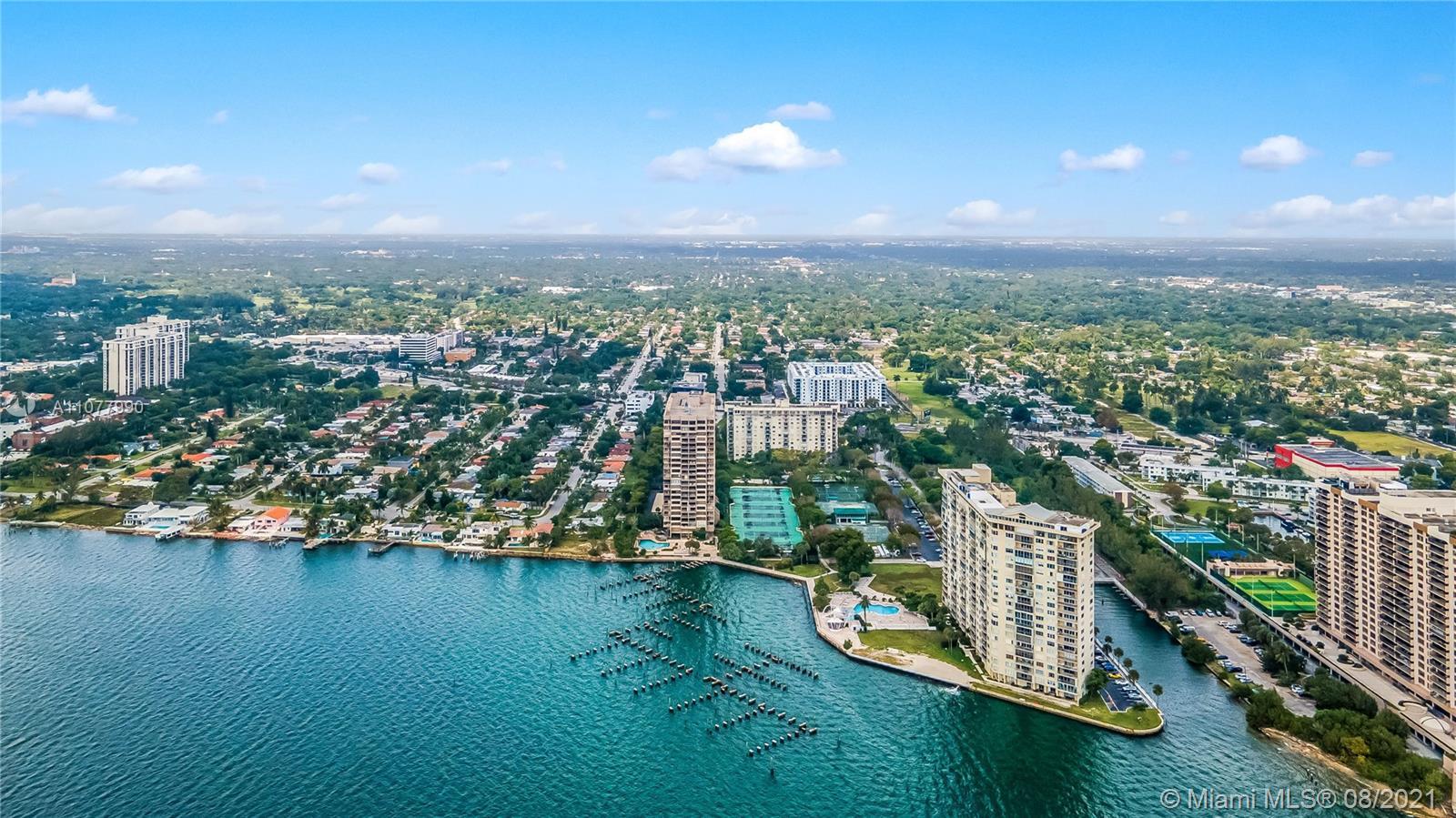 Jockey Club Building II #6D - 11111 Biscayne Blvd #6D, Miami, FL 33181
