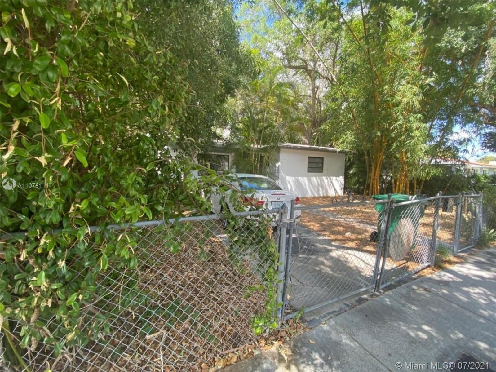 Photo of 321 NW 51st St, Home