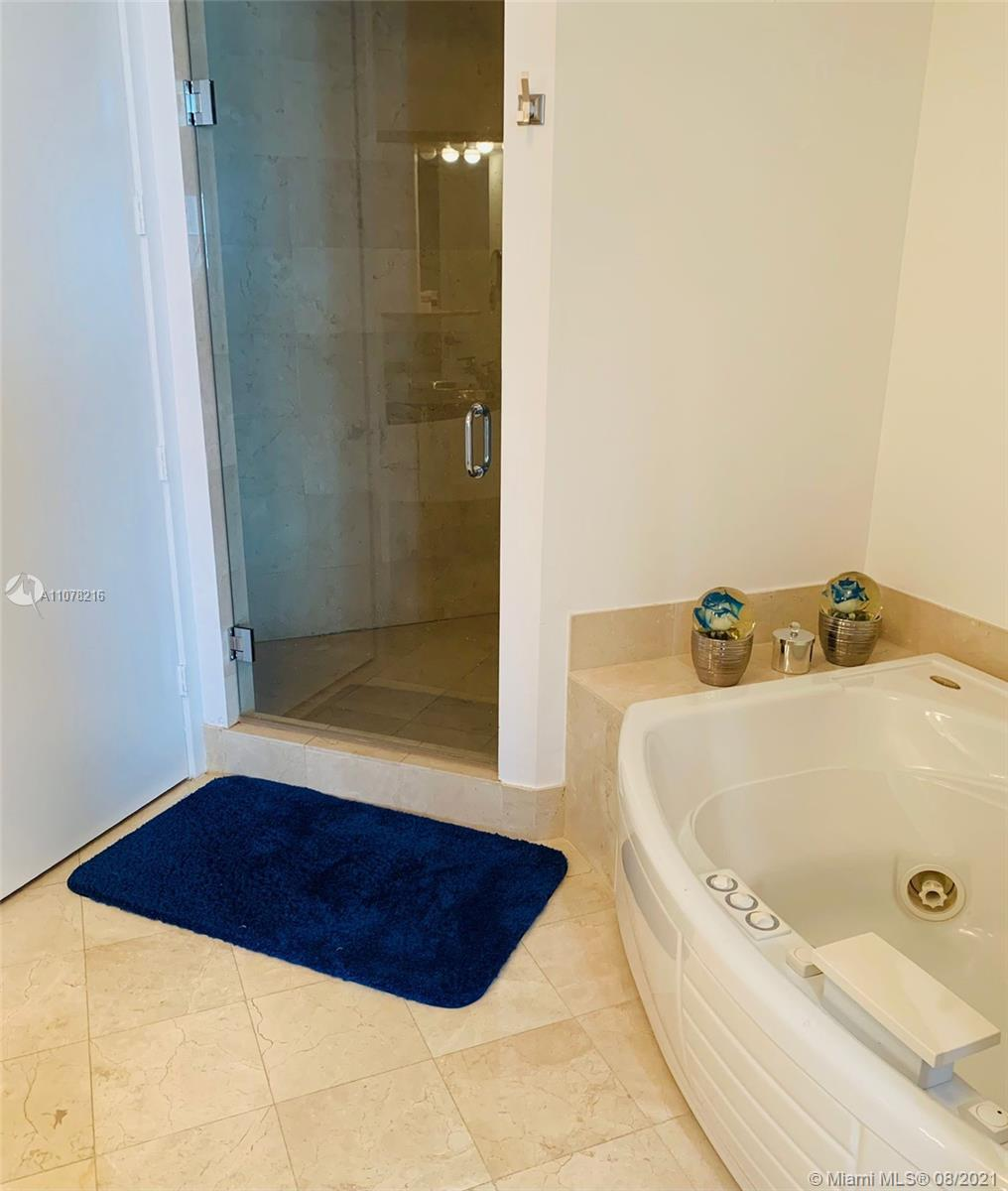 18101 COLLINS AVE #1406 photo016