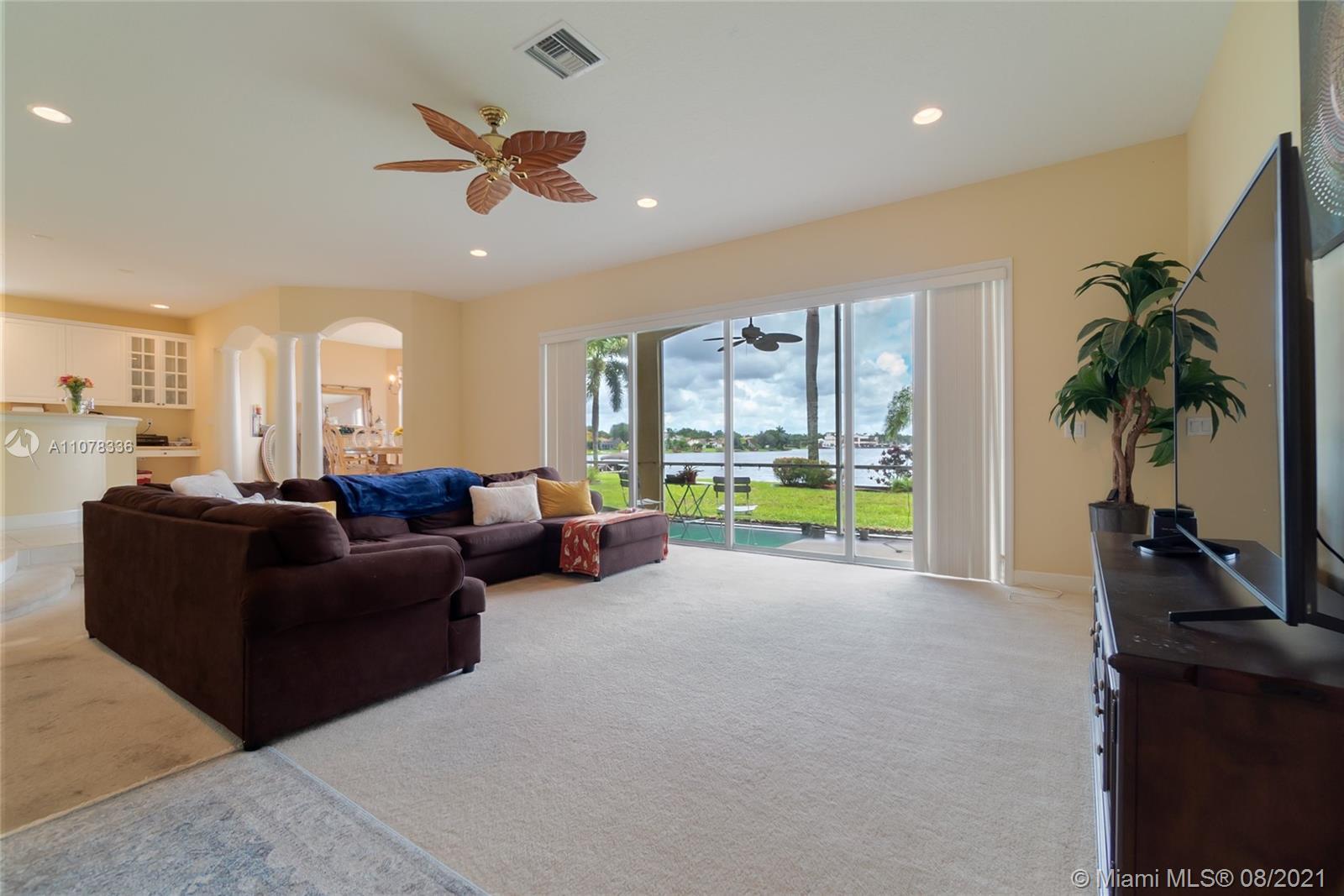 Photo of 12490 Shoreline Dr, Home