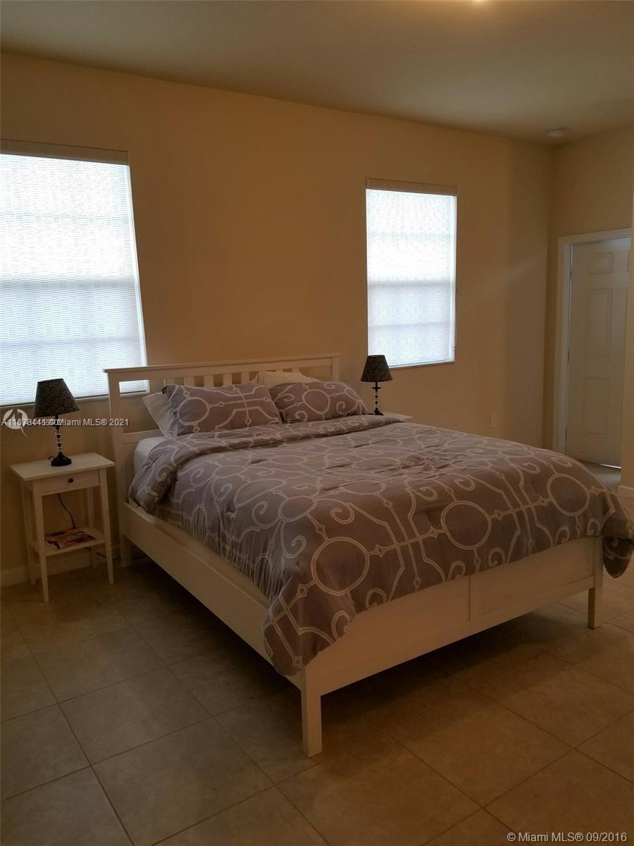 16951 SW 90th Terrace Cir photo047