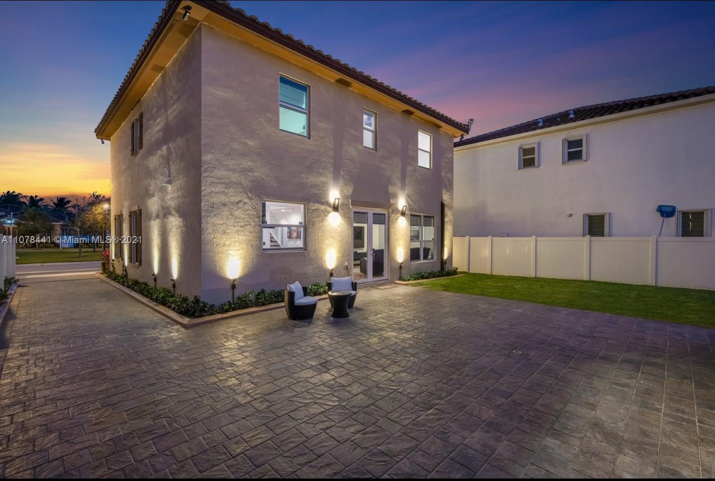 16951 SW 90th Terrace Cir photo032
