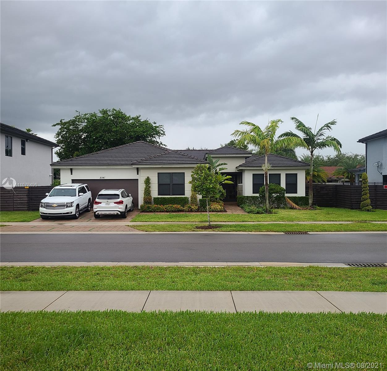 Photo of 8941 NW 161 Terr, Home