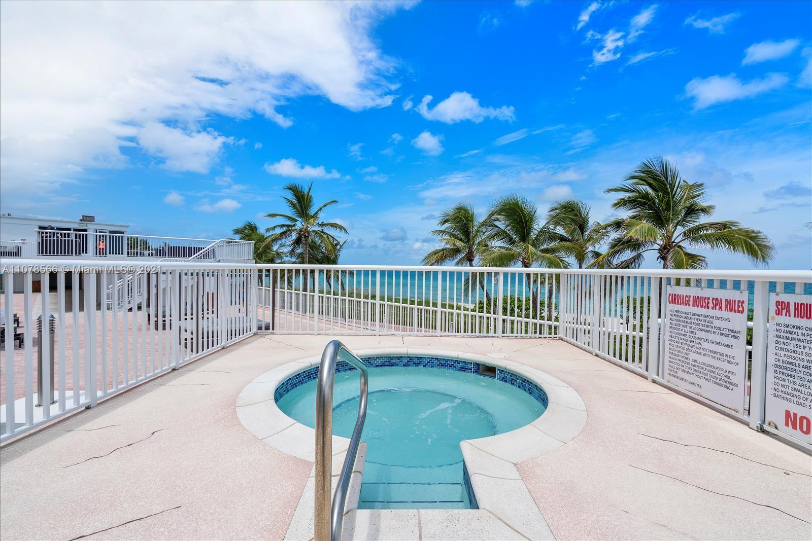5401 Collins Ave #1524 photo026