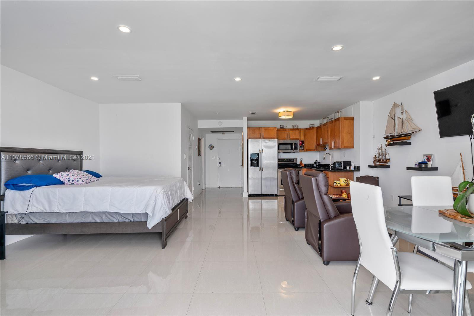 5401 Collins Ave #1524 photo014