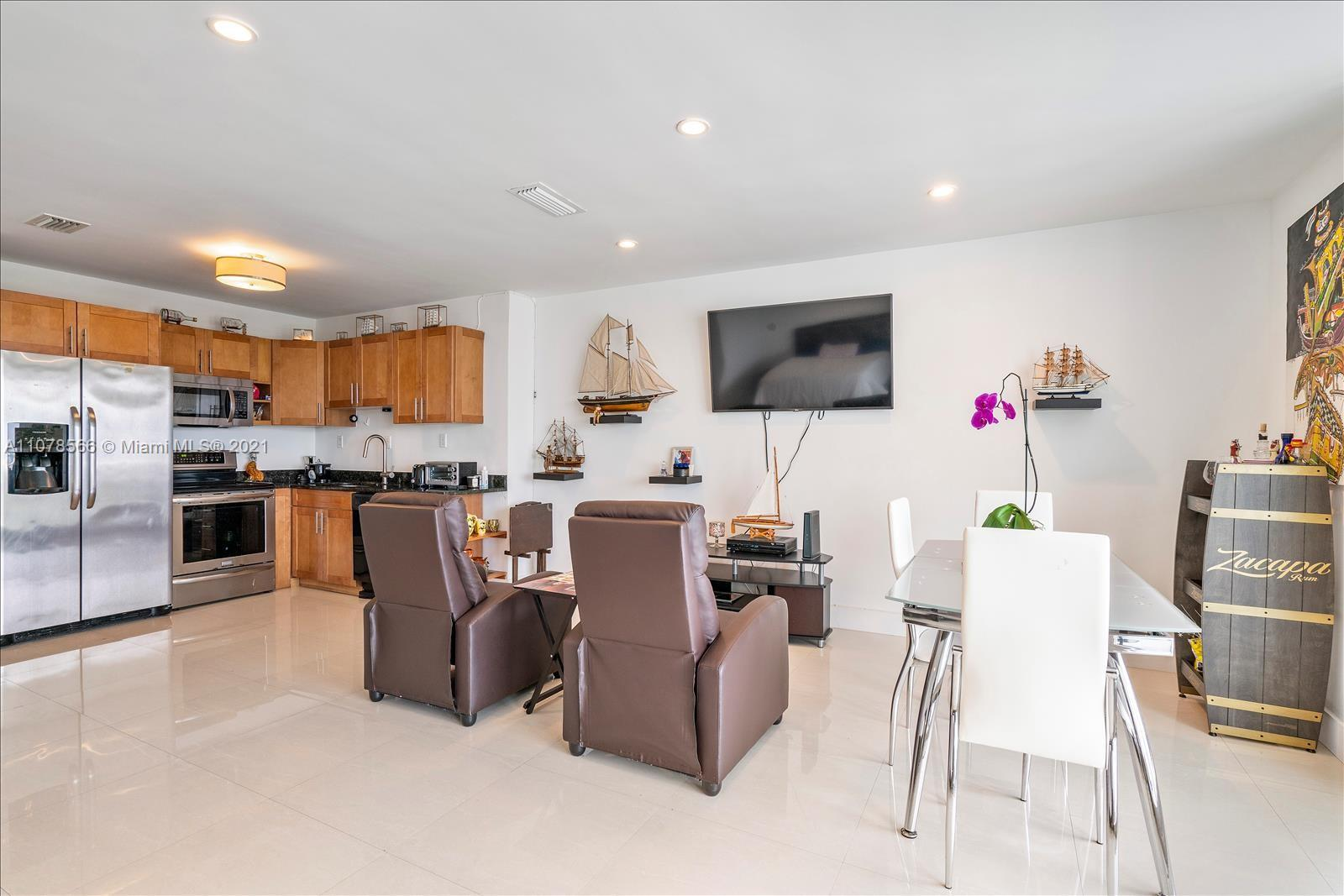 5401 Collins Ave #1524 photo015