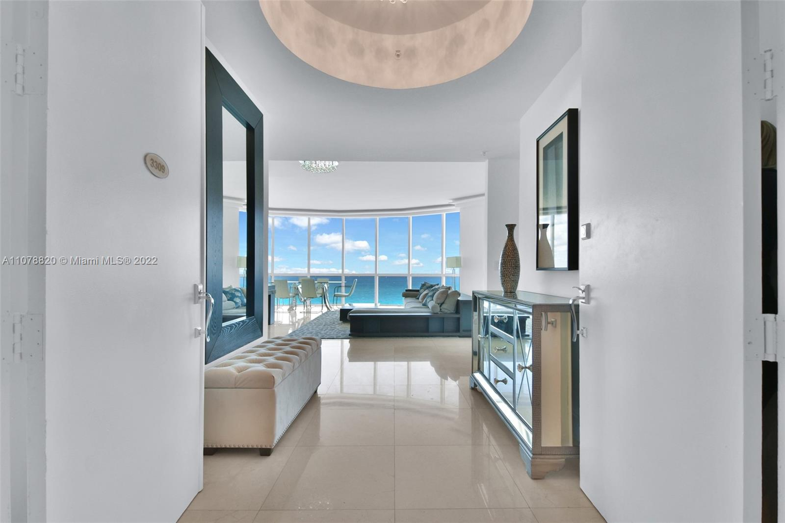 18101 Collins Ave #3309 photo02