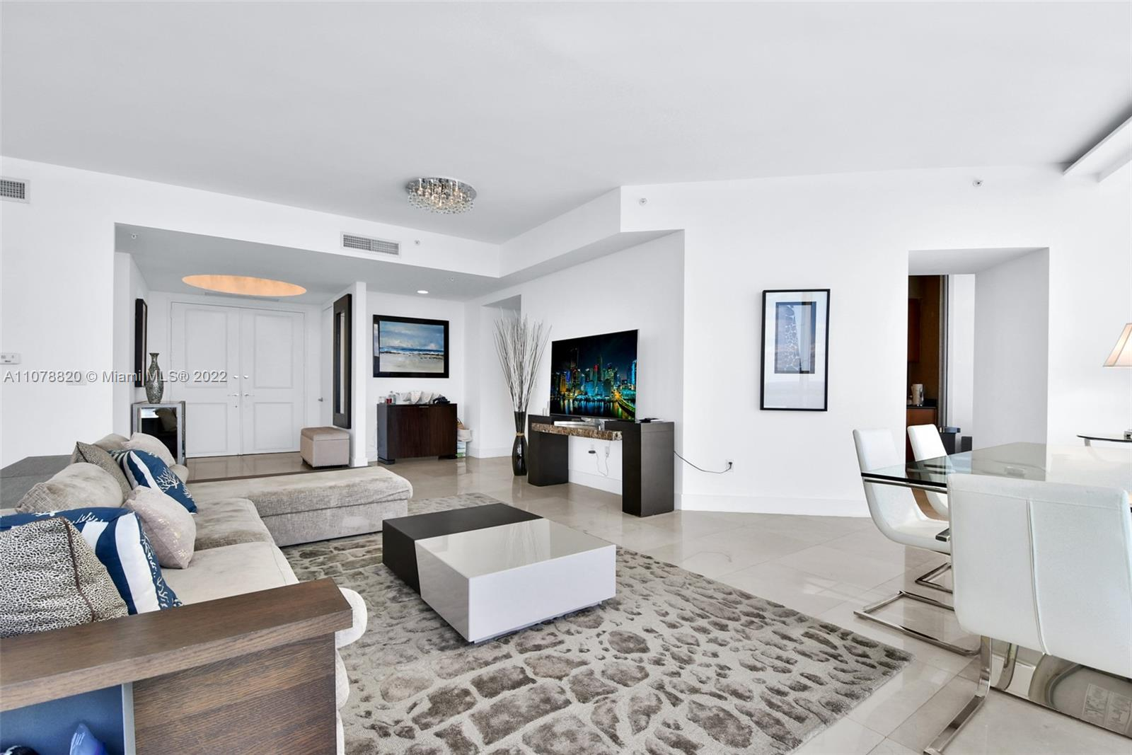 18101 Collins Ave #3309 photo03