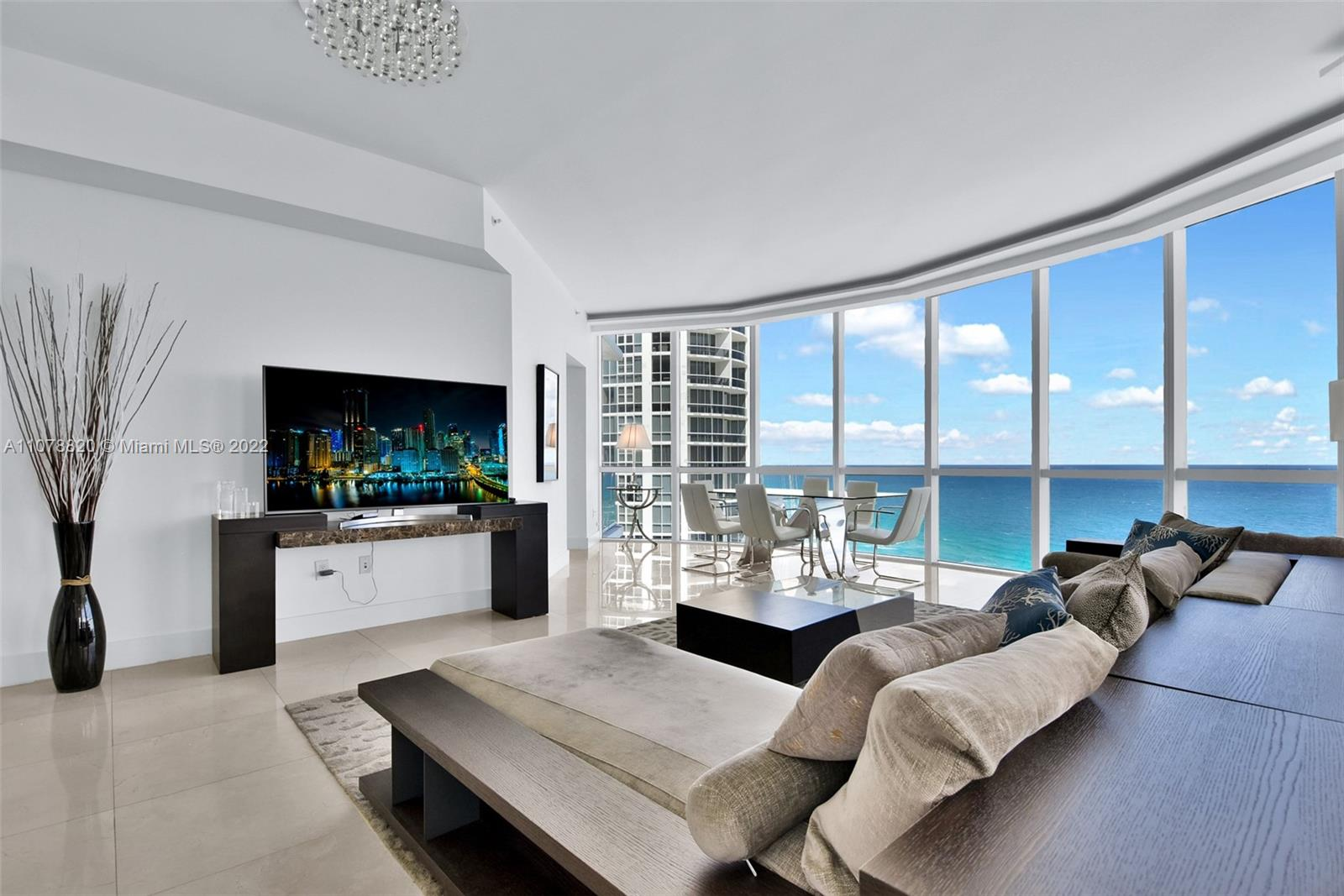 18101 Collins Ave #3309 photo08