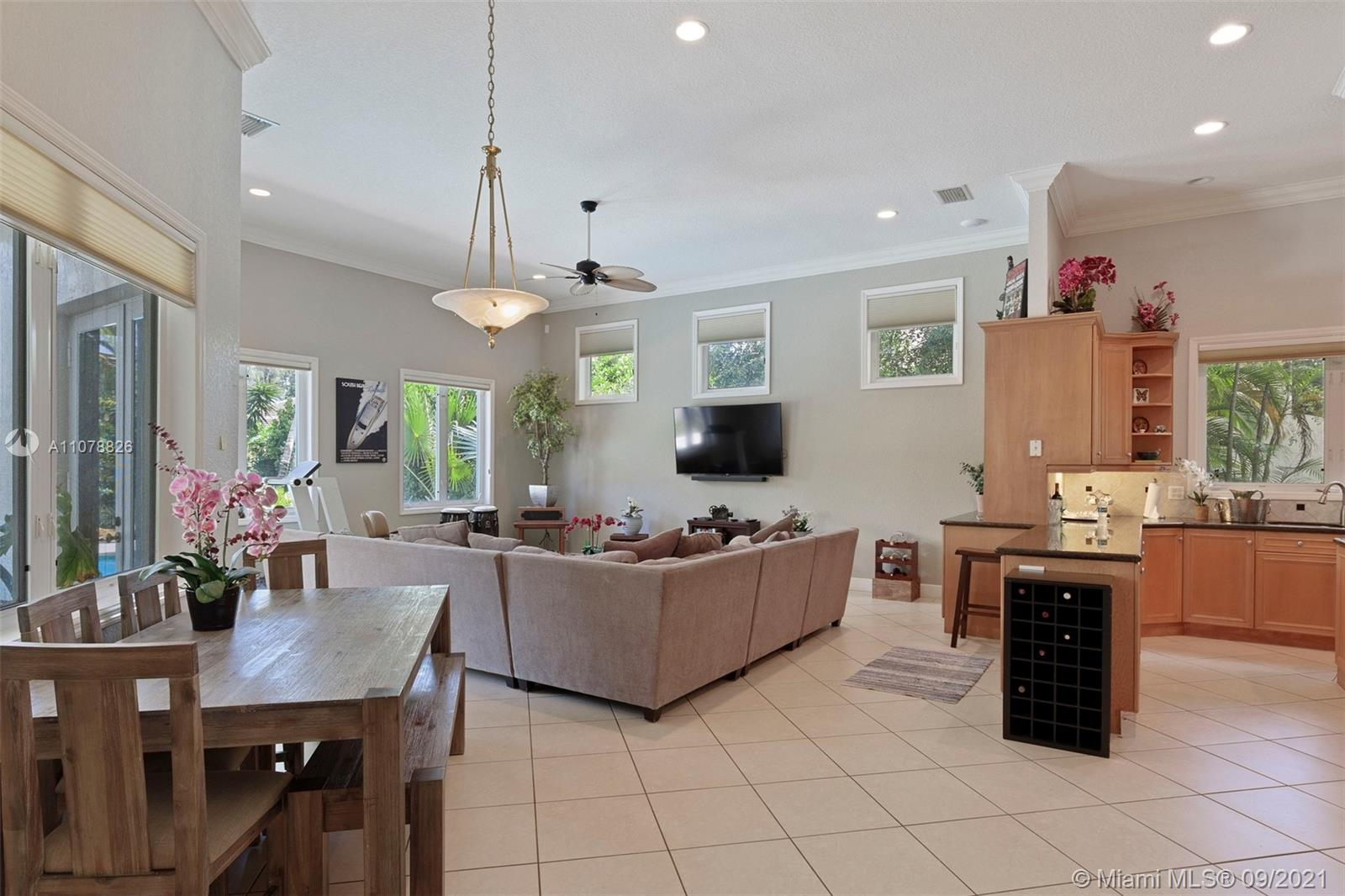 Photo of 11109 SW 78 Ave, Home