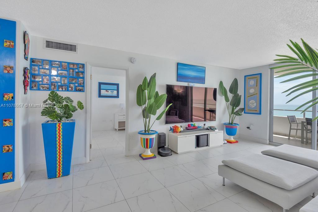 5555 Collins Ave #7G photo06
