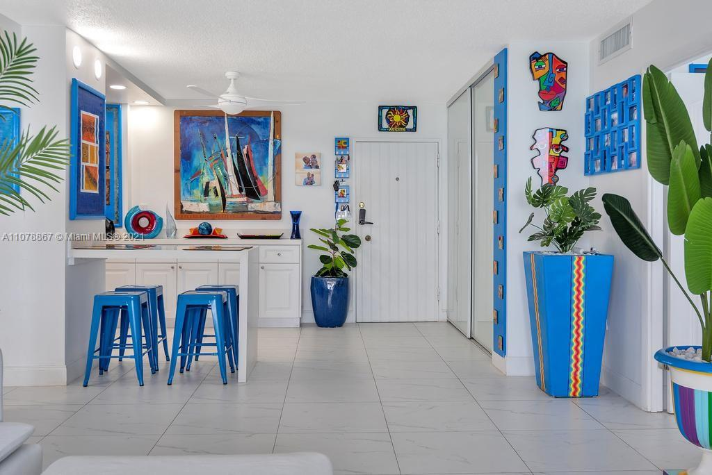 5555 Collins Ave #7G photo014