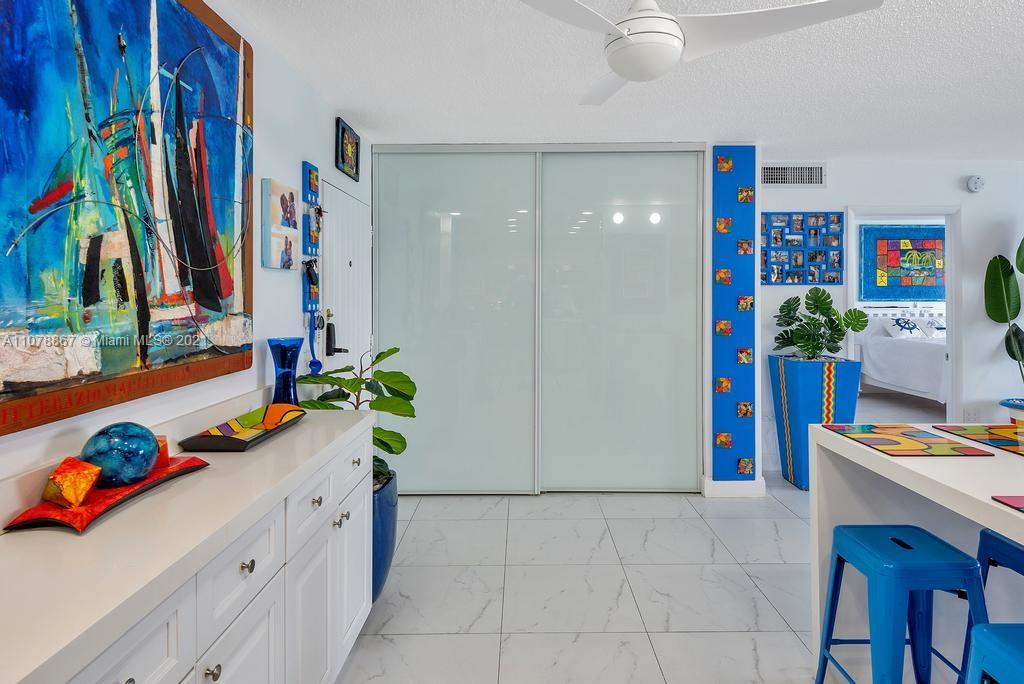 5555 Collins Ave #7G photo018