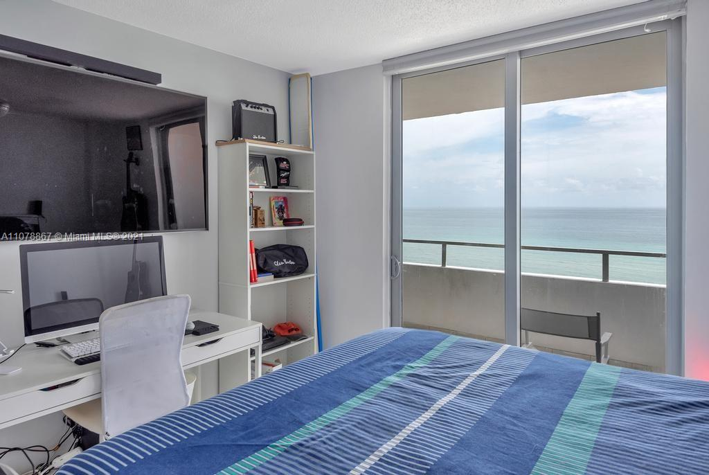 5555 Collins Ave #7G photo021