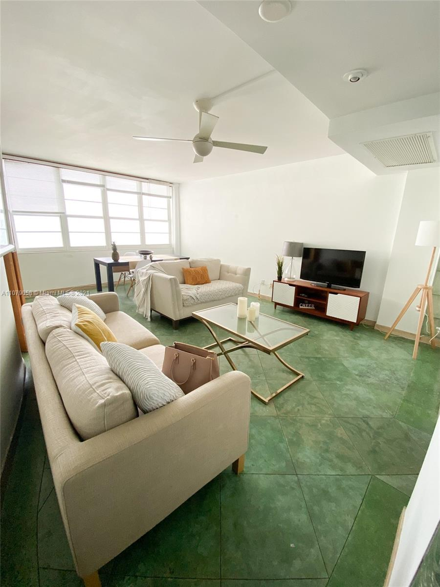 Decoplage #1515 - 100 Lincoln Rd #1515, Miami Beach, FL 33139