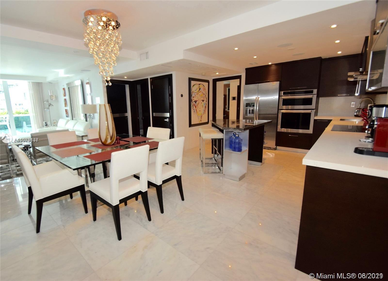 Roney Palace #307 - 2301 Collins Ave #307, Miami Beach, FL 33139