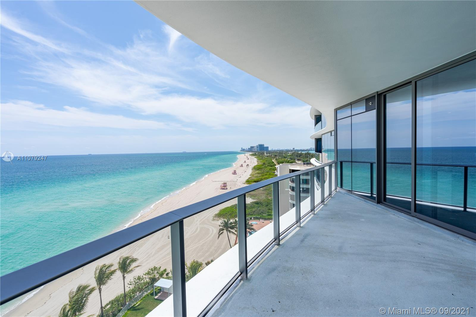 15701 Collins Ave #802 photo02