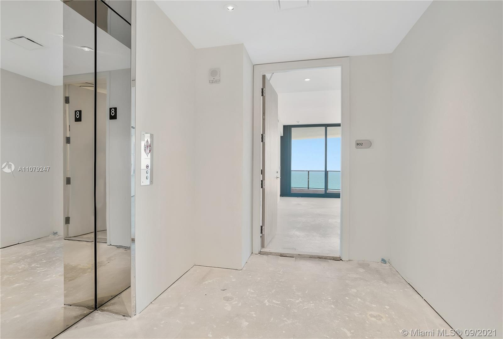 15701 Collins Ave #802 photo019