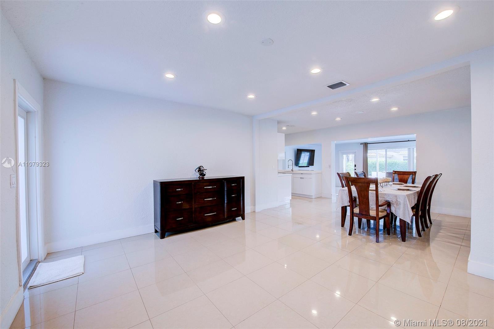 9425 N Miami Ave photo05
