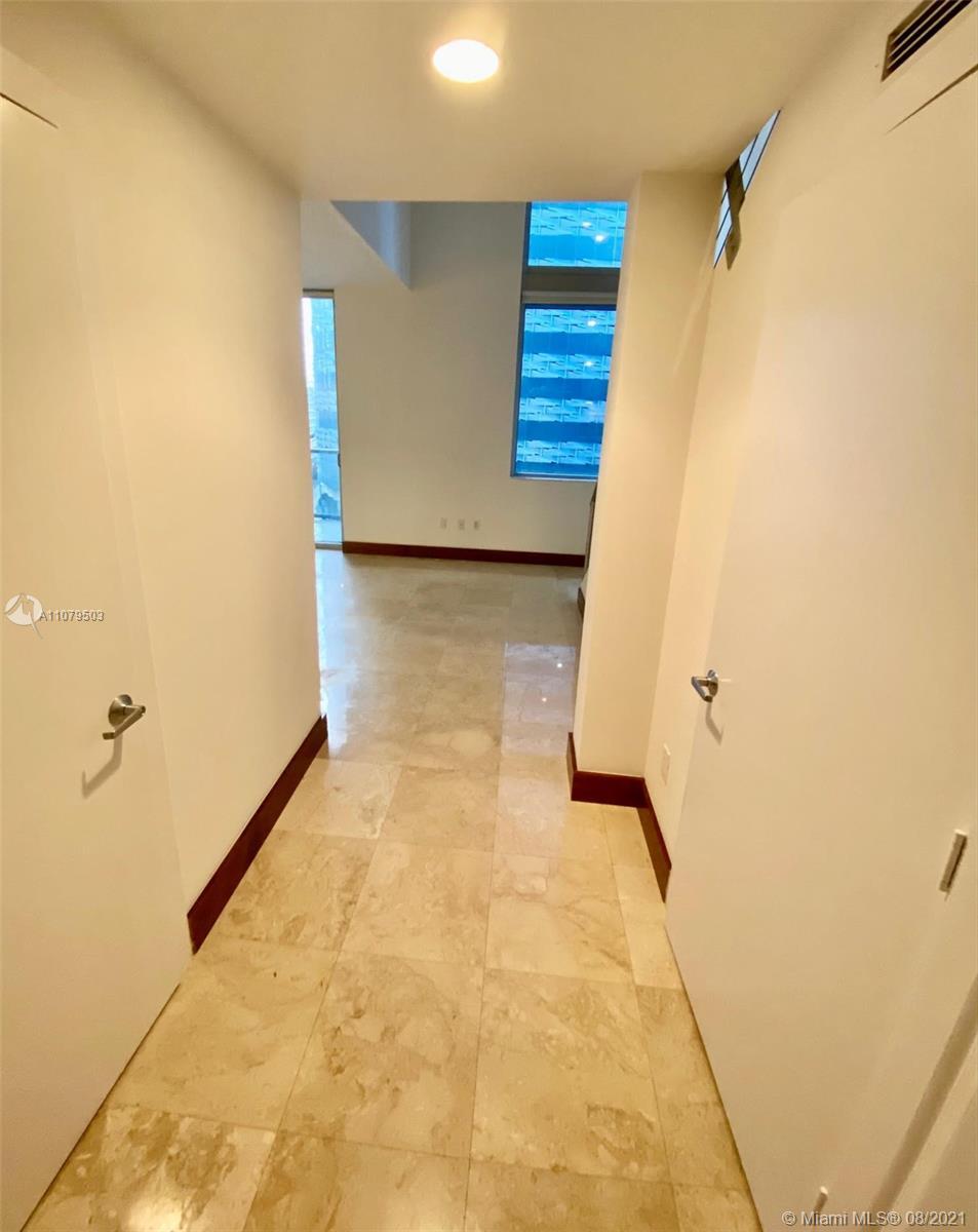 1060 Brickell East Tower #404 - 1050 Brickell Ave #404, Miami, FL 33131