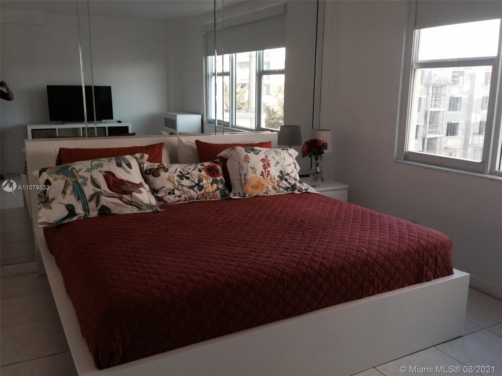 9195 Collins Ave #413 photo011