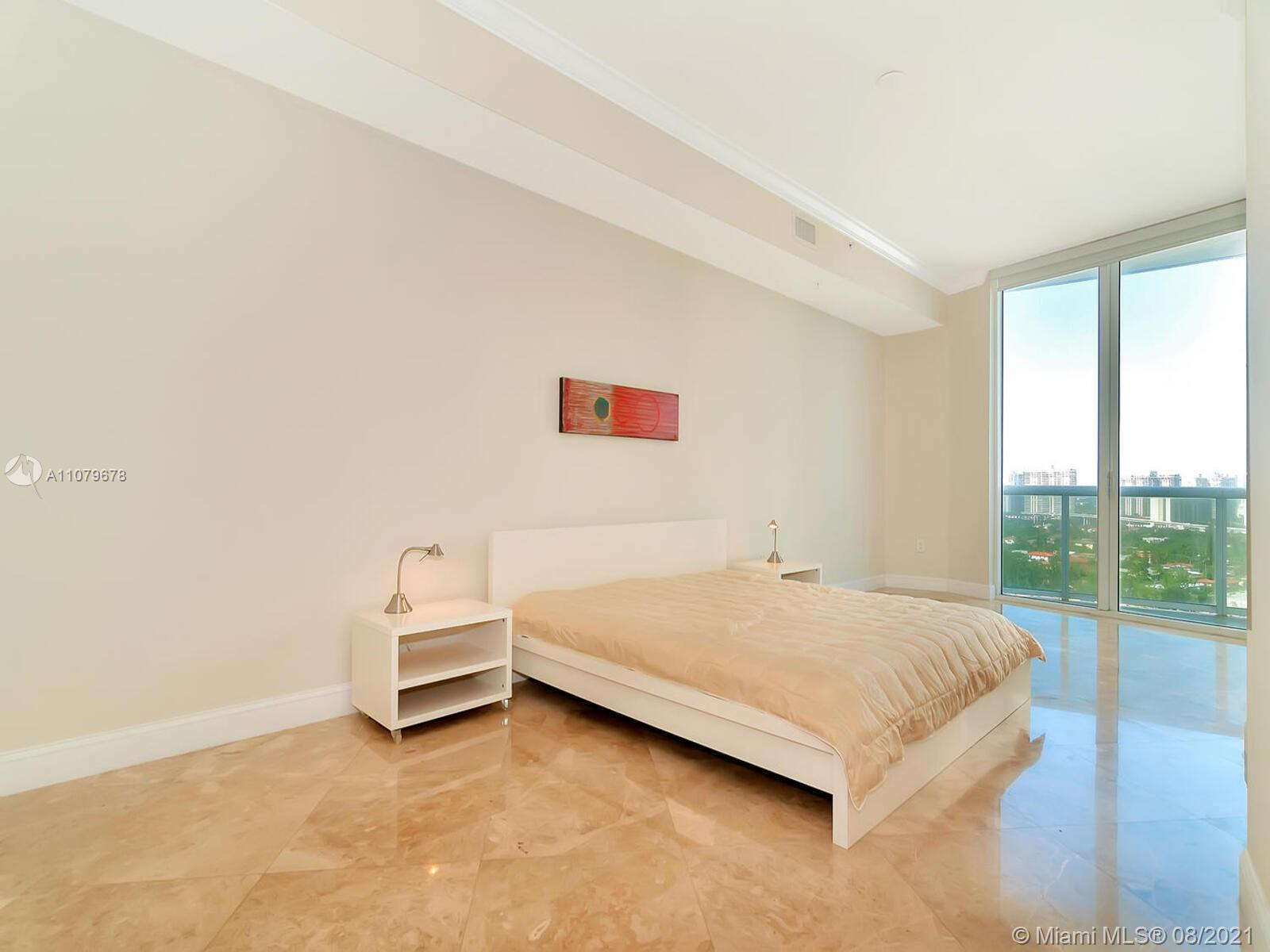 18101 Collins Ave #1806 photo023